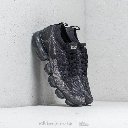 separation shoes 2a938 36760 Nike Air Vapormax Flyknit 2 Black/ Black-Dark Grey | Footshop