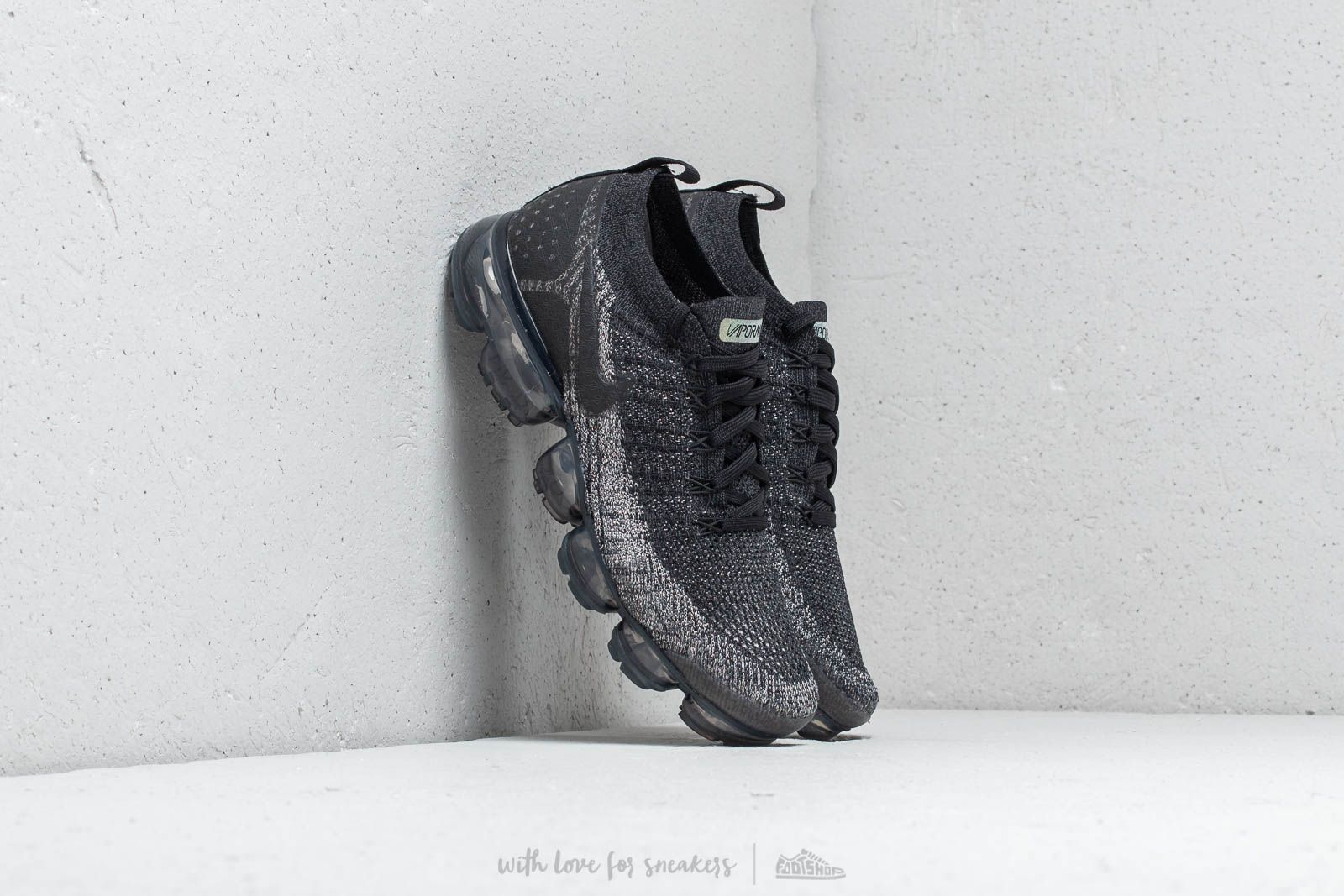 20cfe31dcb63 Nike Air Vapormax Flyknit 2 Black  Black-Dark Grey