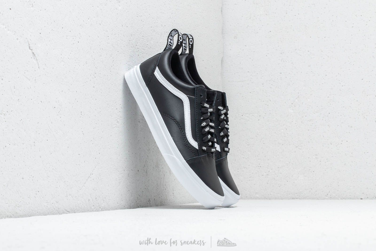 569659329 Vans Old Skool (Otw Webbing) Black/ Leather | Footshop