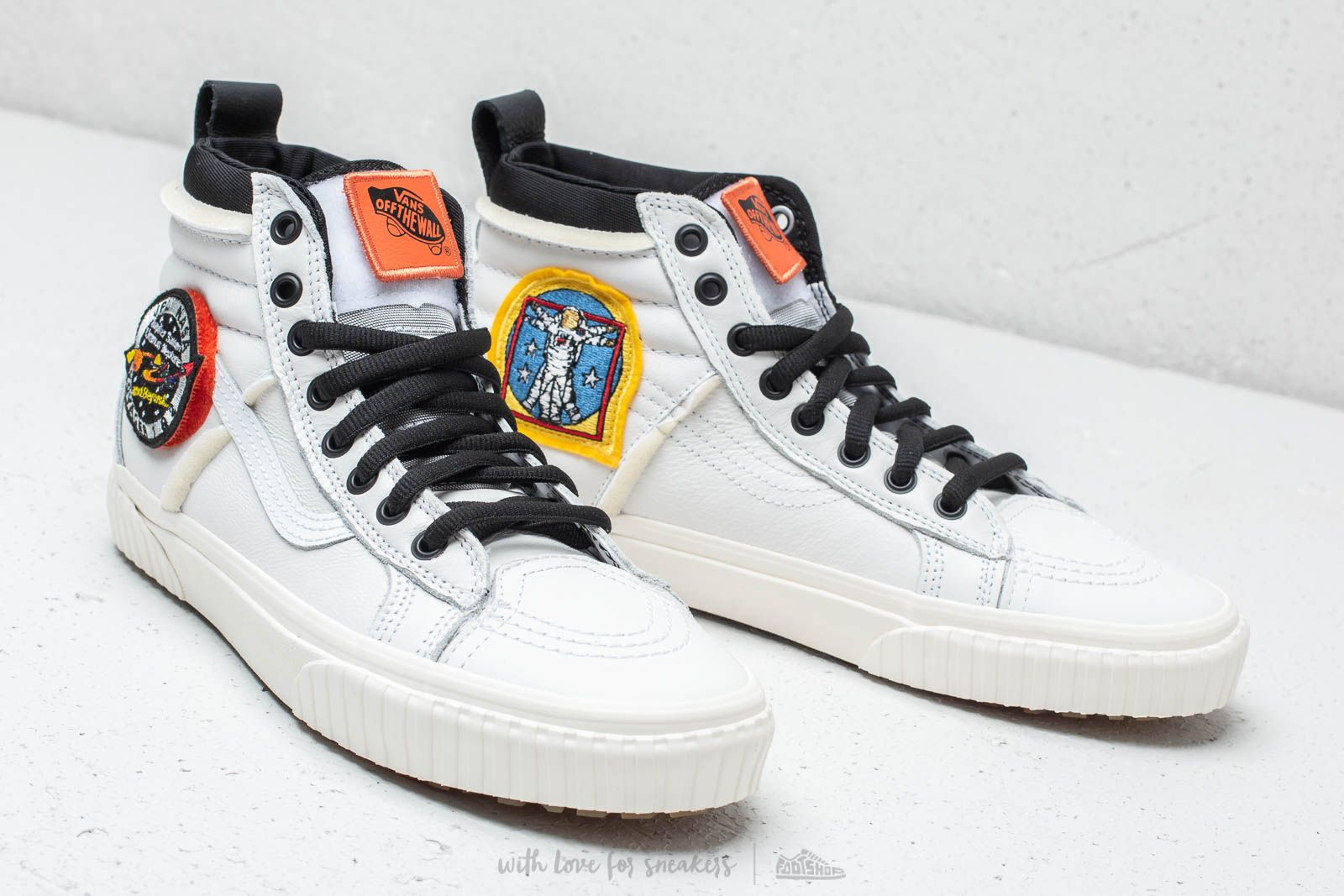 Men's shoes Vans Sk8-Hi MTE DX Space