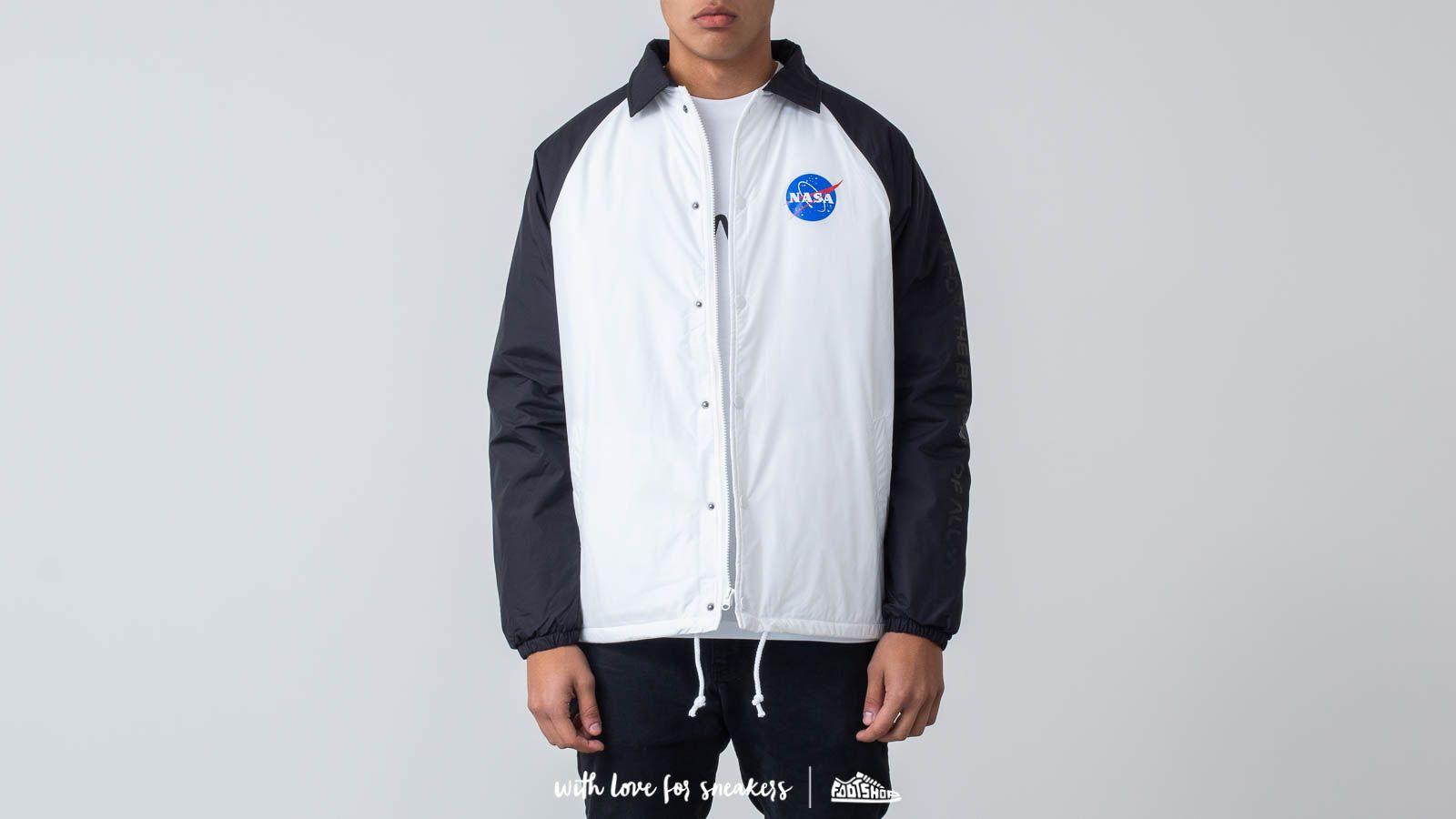 Vans Space Voyager Torr Jacket Space White/ Black za skvělou cenu 1 740 Kč koupíte na Footshop.cz