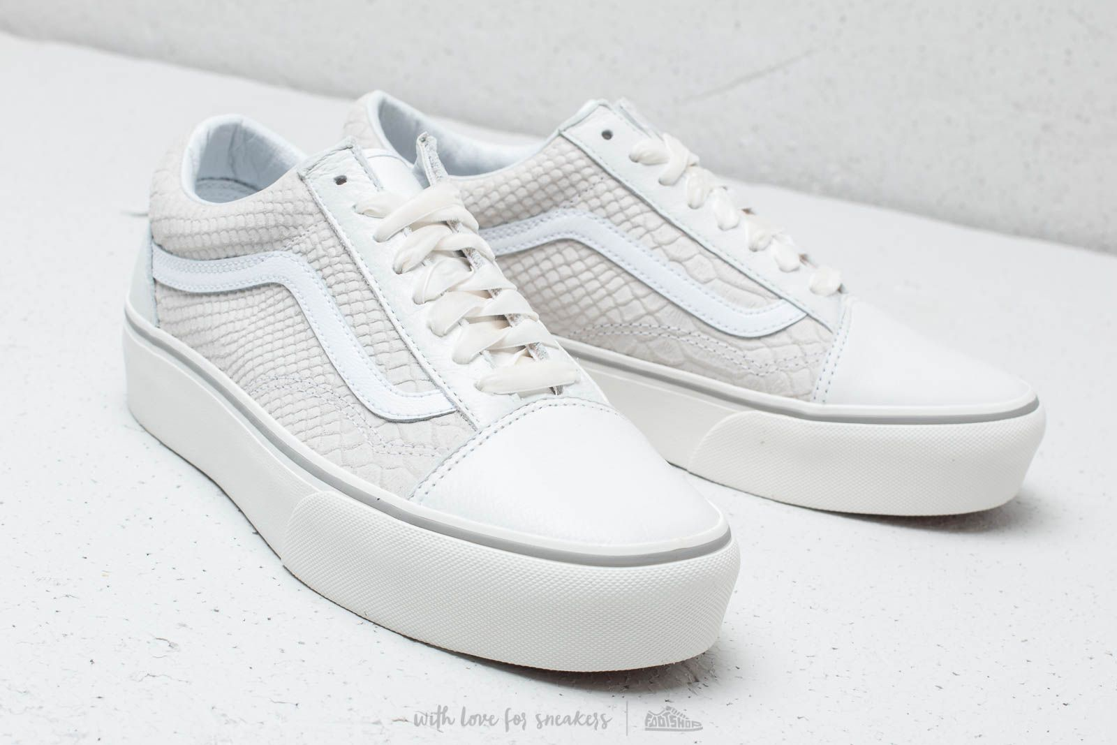 Vans Old Skool Platform (Leather) Snake  White at a great price 100 € 4e7eb4a087