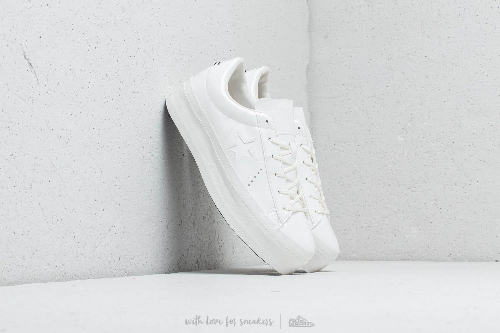 a89cffd9c15aa3 Converse One Star Platform OX Vintage White  Vintage White at a great price  95 €