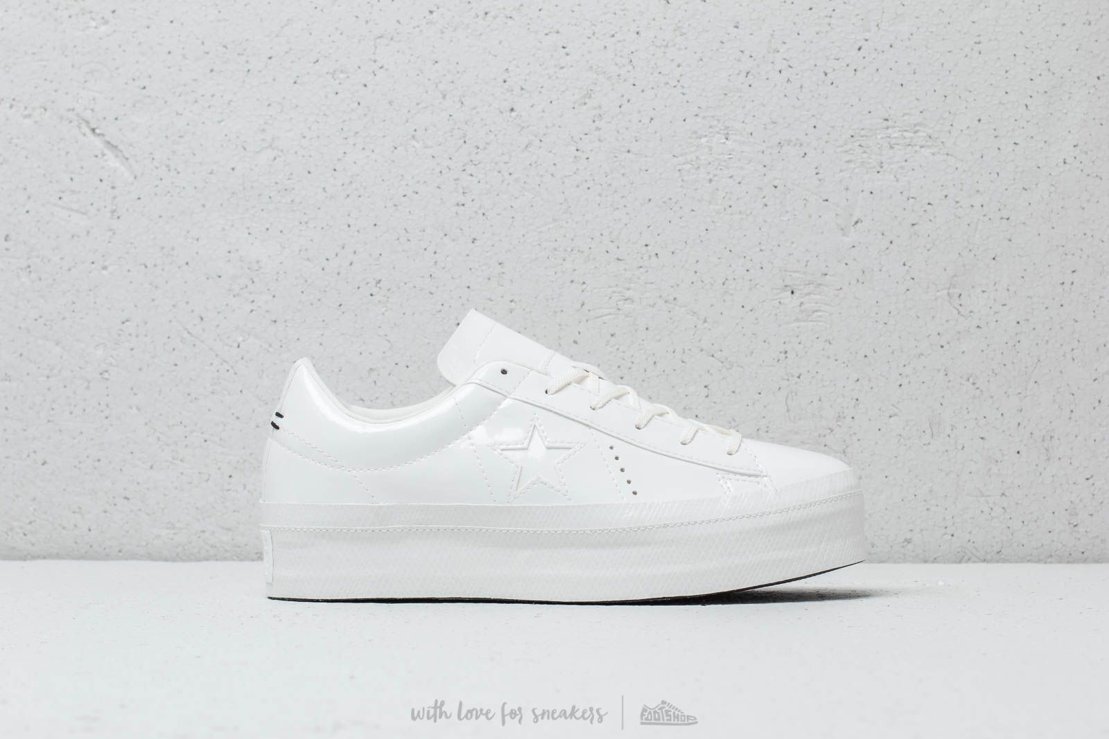 285ecb037da1 Converse One Star Platform OX Vintage White  Vintage White at a great price  95 €
