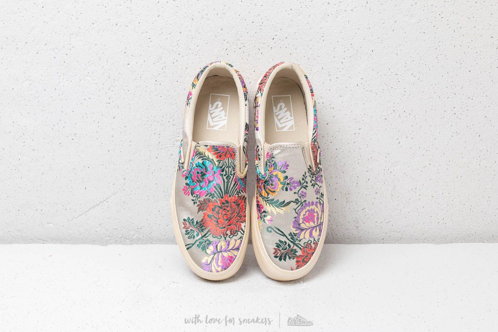 Women's shoes Vans Classic Slip-On