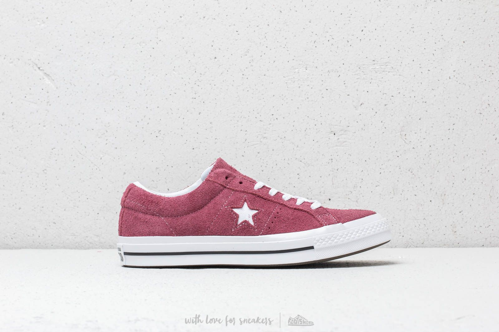 0253fa4b445 Converse One Star OX Deep Bordeaux/ White/ White at a great price 88 €
