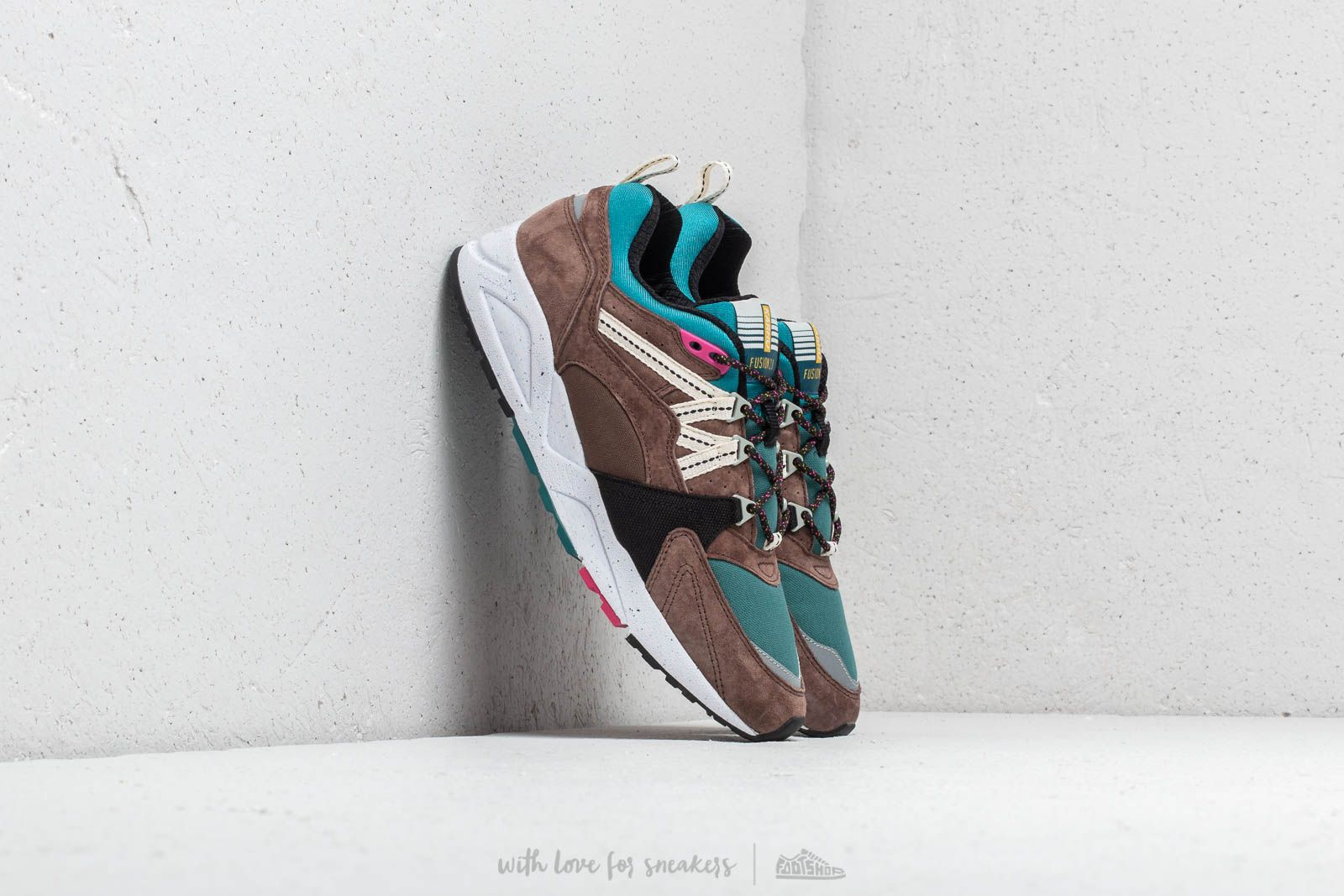 Karhu Fusion 2.0 Bracken/ Shaded Spruce at a great price 136 € buy at Footshop