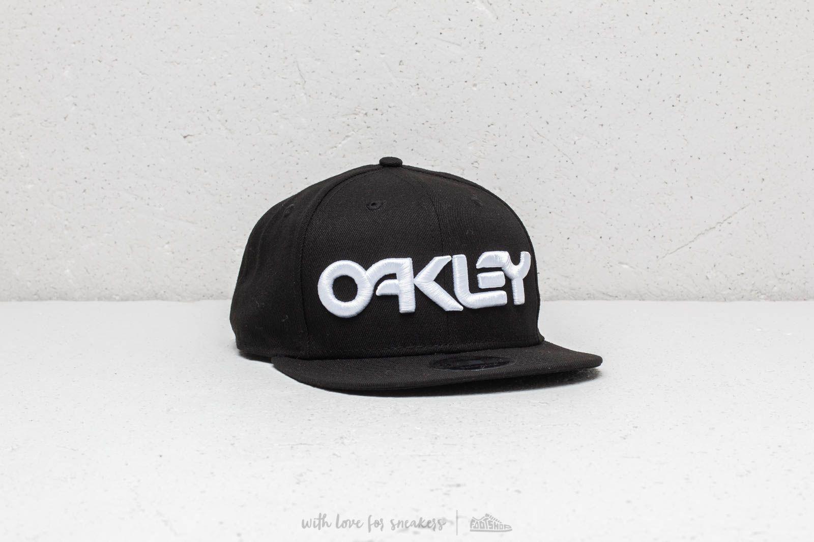 7648e852439 Oakley Mark II Novelty Snap Cap Black at a great price  39 buy at Footshop
