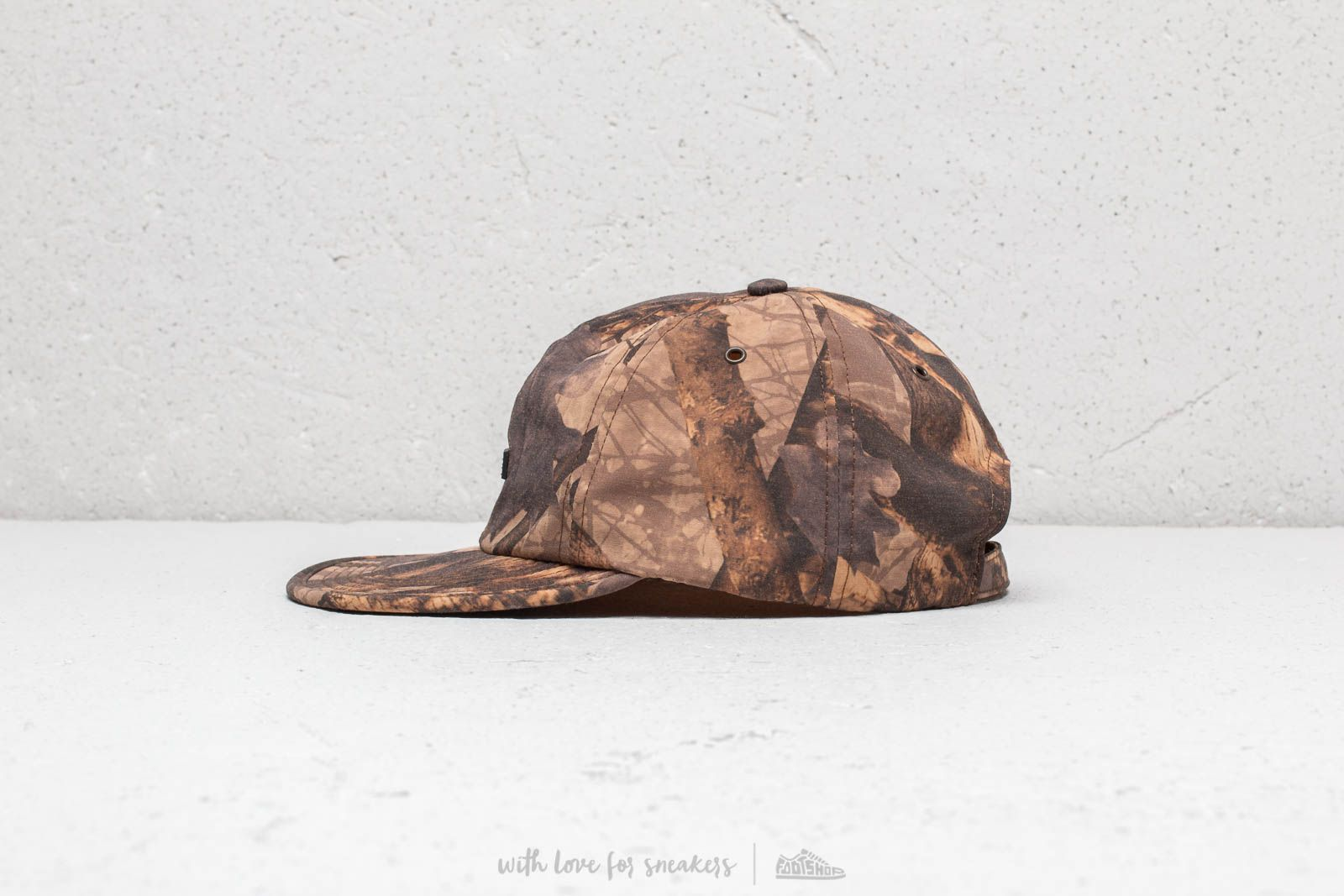 b8f1c7e538b Raised By Wolves Commander 6 Panel Cap Forest at a great price 62 € buy at