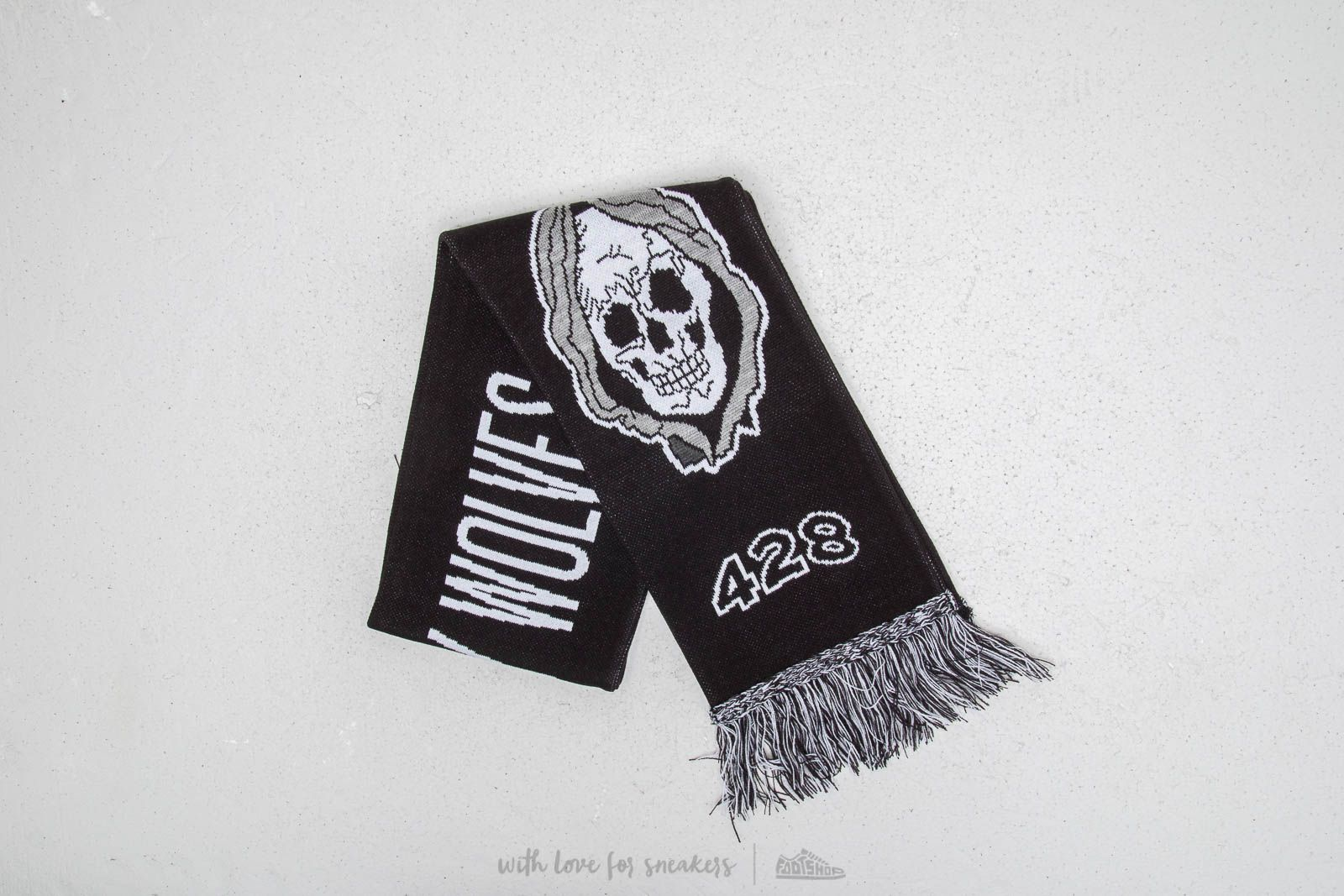 Raised by Wolves Ghost Squadron Scarf Black at a great price 30 € buy at Footshop