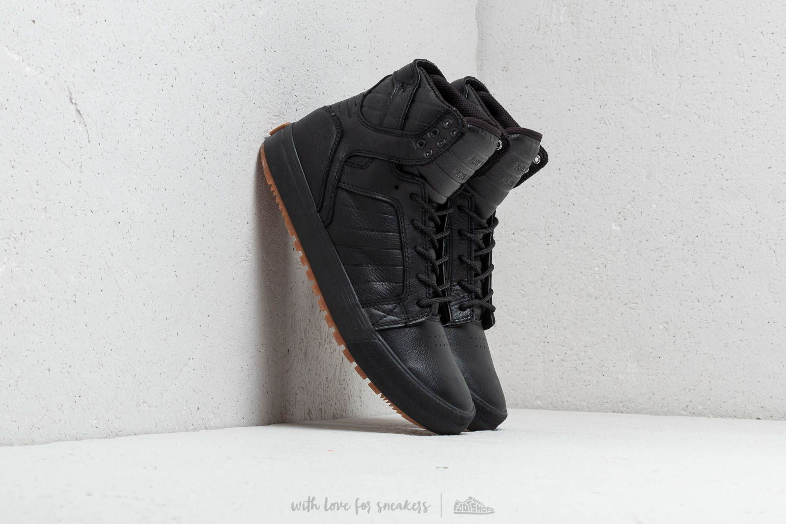 Supra Skytop Cold Weather Black-Black/ Gum at a great price 143 € buy at Footshop