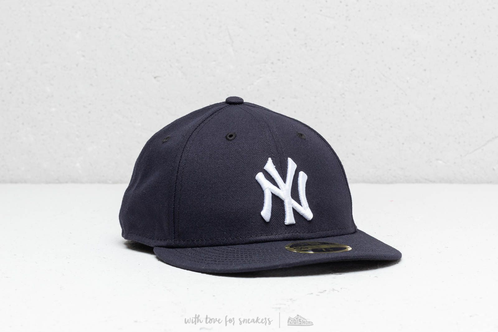 058d137b12e6cc ... discount new era 59fifty new york yankees cap navy at a great price 43  buy at