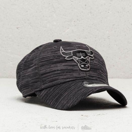 aa0e7a6d050 New Era NBA Team Chicago Bulls Engineered Fit 9Forty Strapback Black