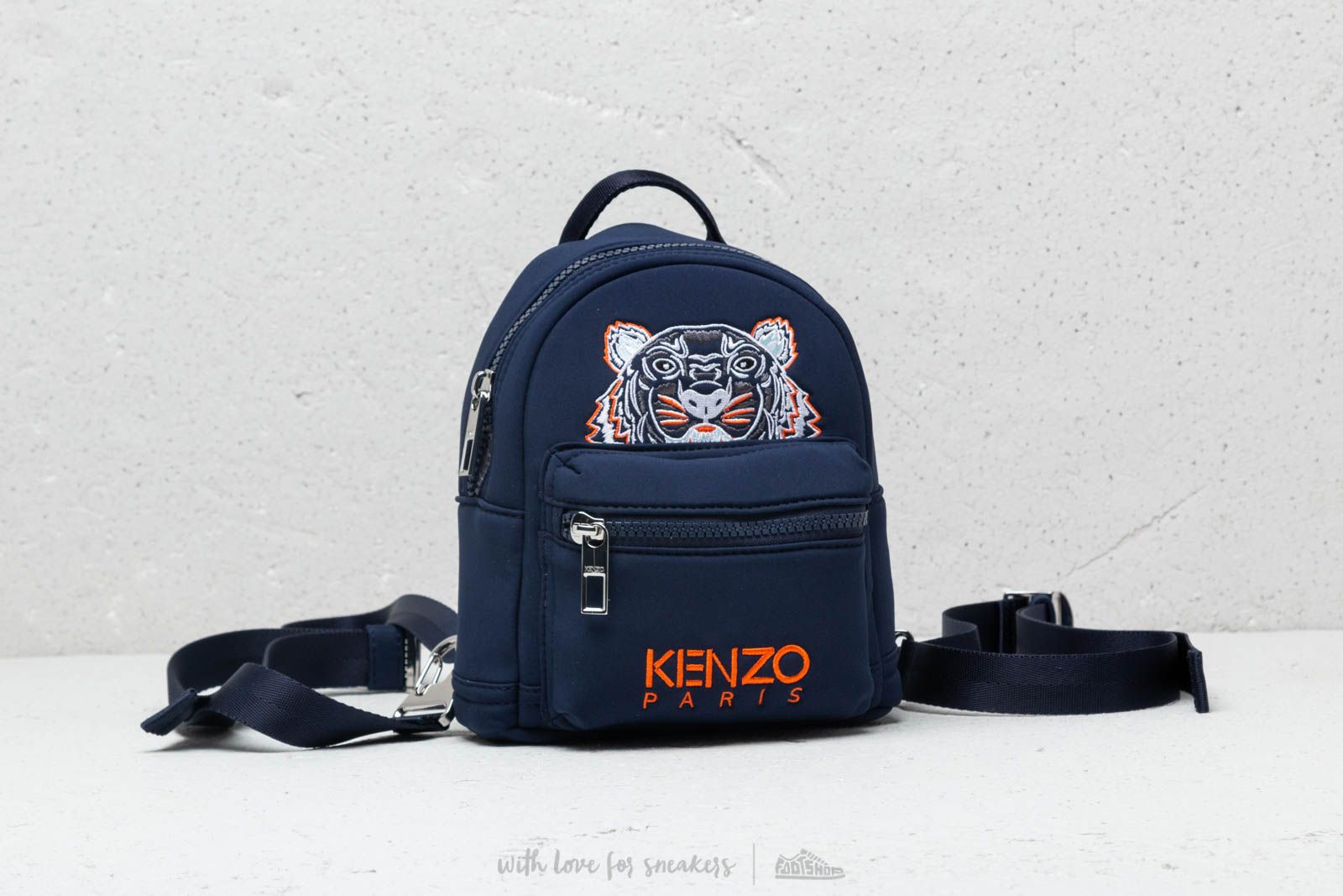 KENZO Mini Neoprene Tiger Rucksack Navy Blue za skvelú cenu 99 € kúpite na Footshop.sk