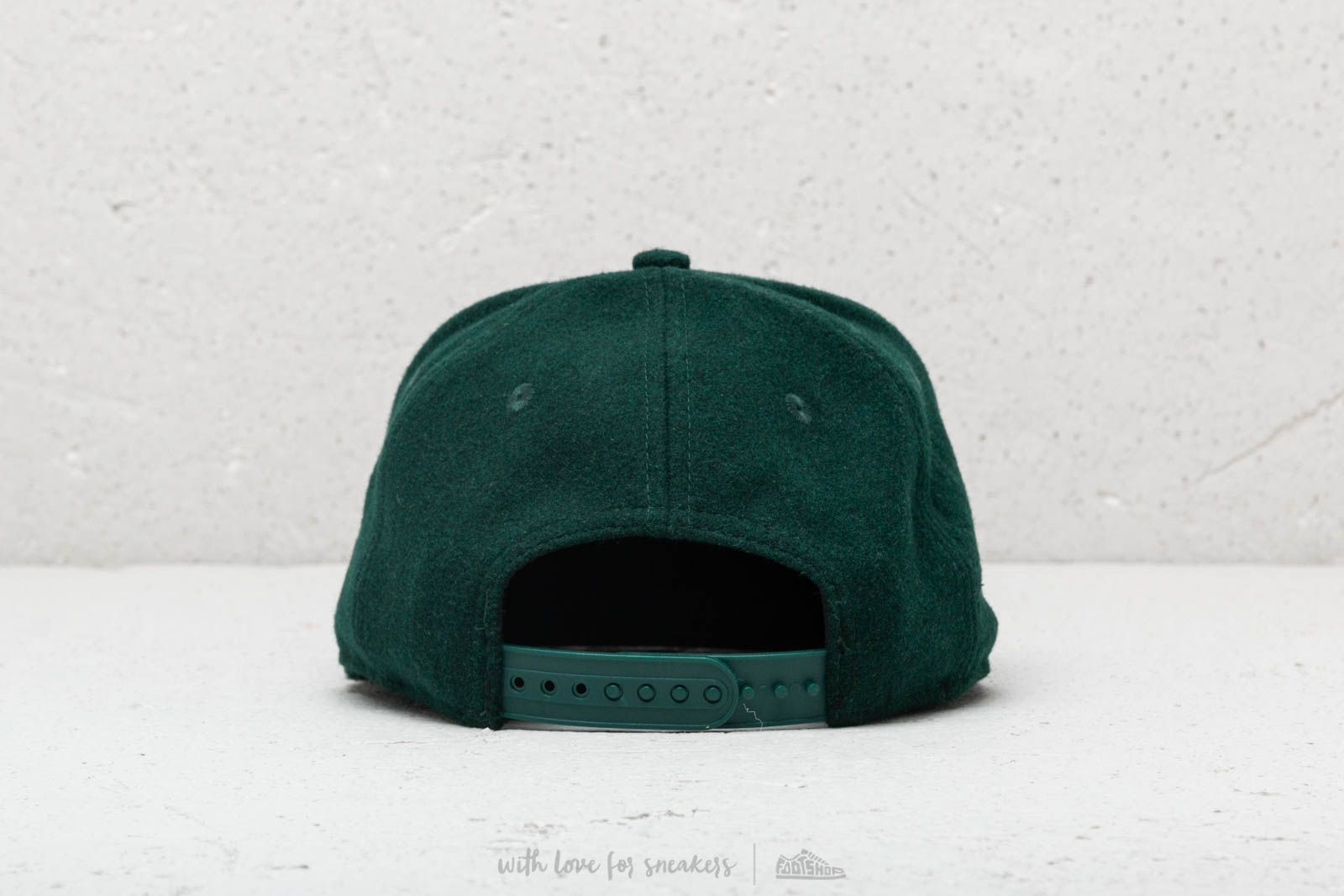 e9df3c9282c New Era Winter Utility Melton New York Yankees Green at a great price £32  buy
