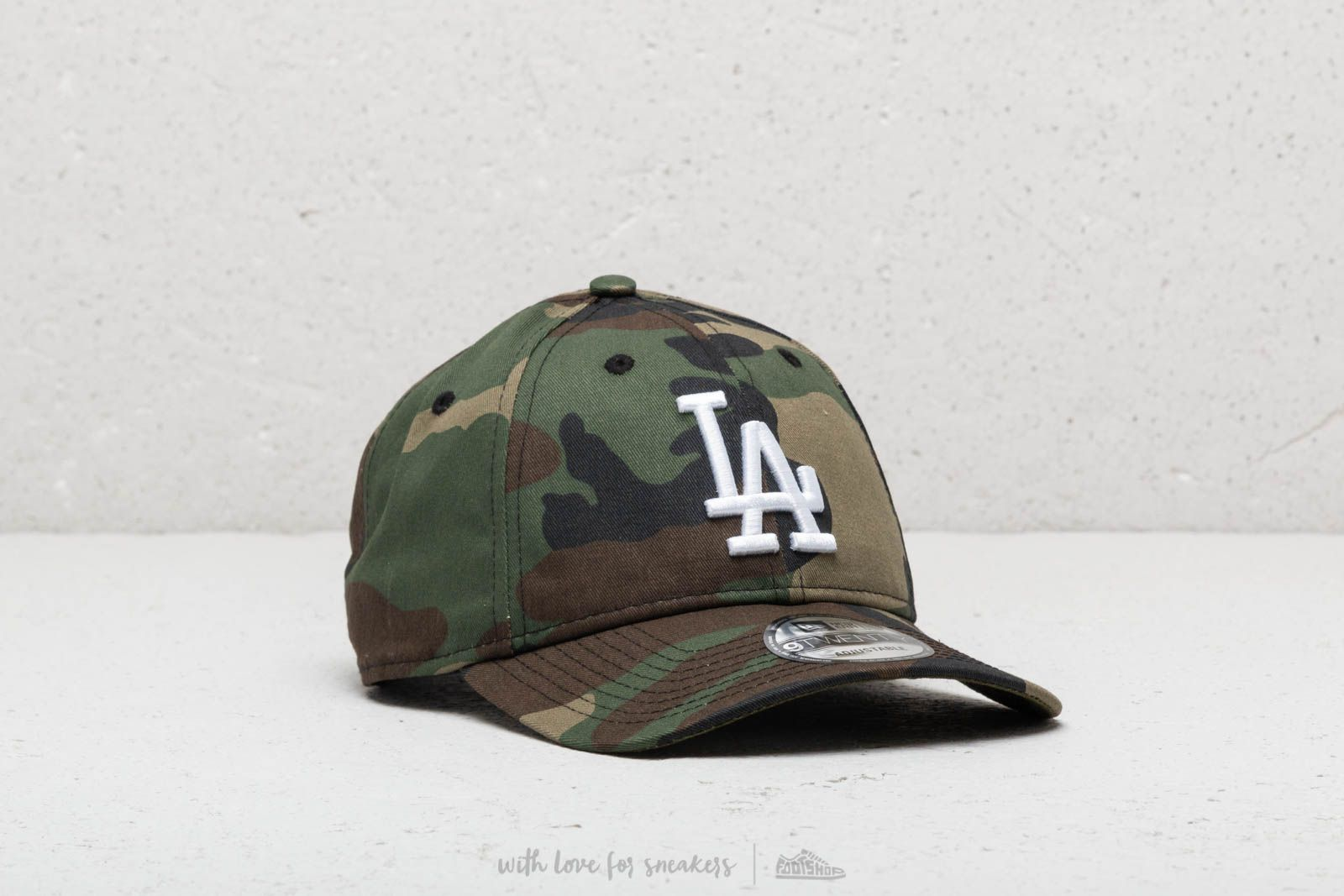 New Era Camo Packable Strapback
