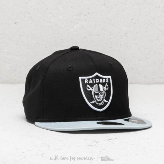 new product 6e114 9257f New Era Team Essential Oakland Raiders Snapback Black