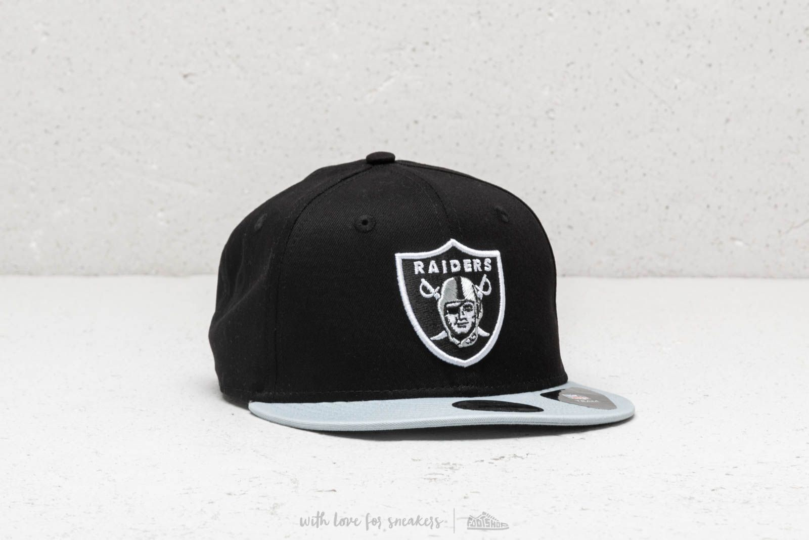 fc98408492c8b New Era Team Essential Oakland Raiders Snapback Black at a great price 26 €  buy at