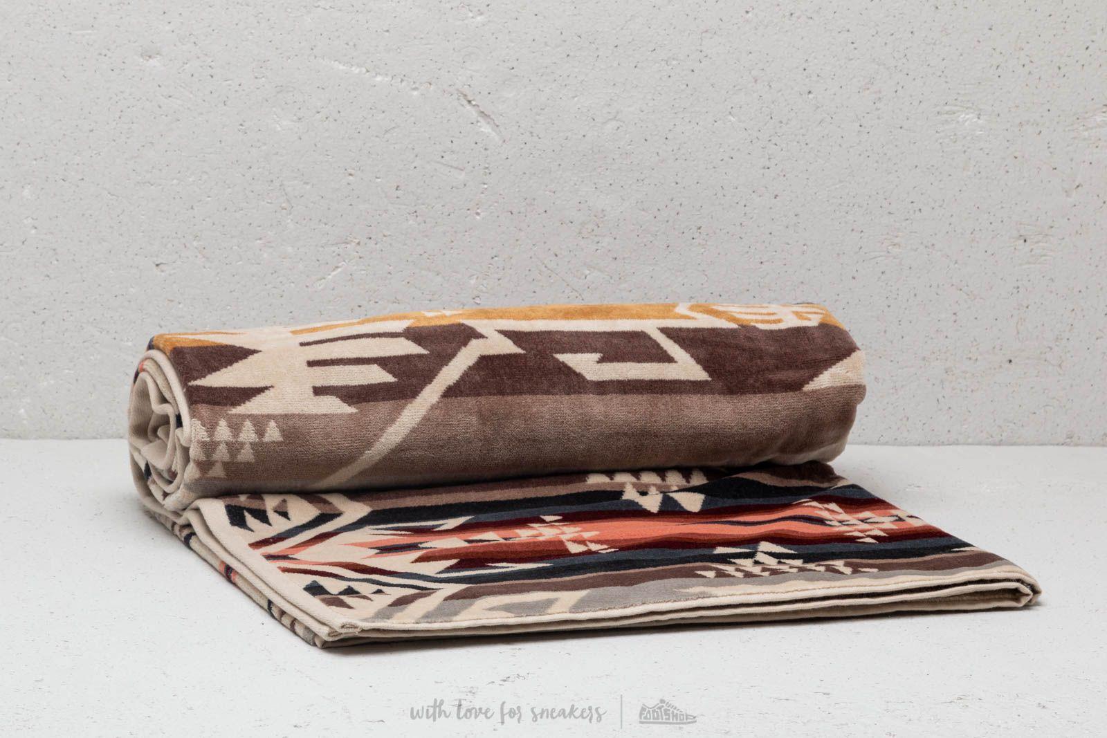 Pendleton White Sands Spa Towel Tan