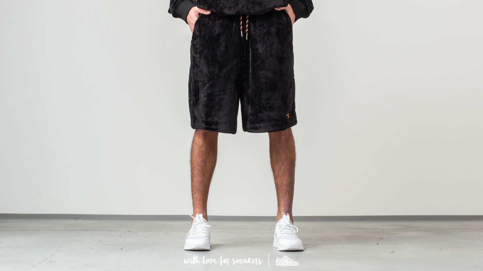 Pantalones cortos Diadora Velour 48th Floor Shorts Black