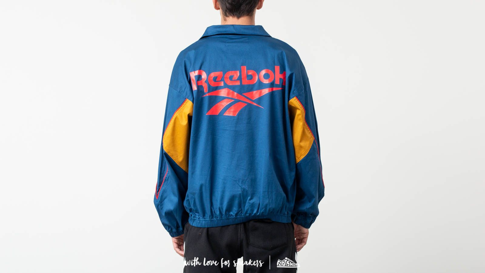 Reebok Classic x Pyer Moss Vector Top Jacket Bunblu at a great price 198 €  buy 2ff80c122