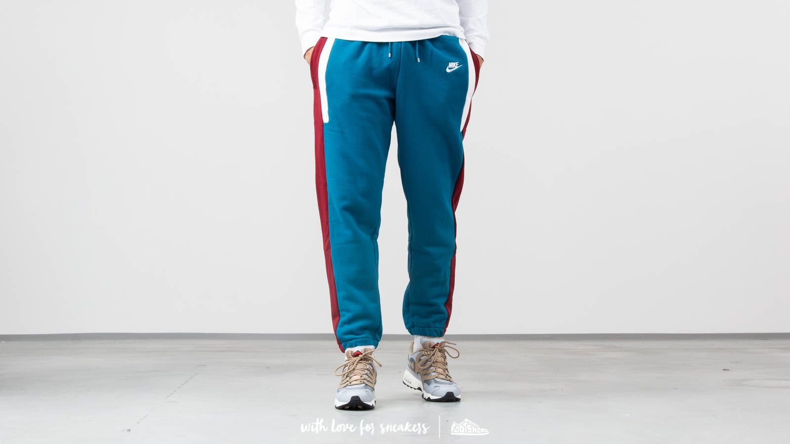 1b09c704a2c9 Nike NSW Re-Issue Fleece Pant Teal  Dark Red  Cream White ...