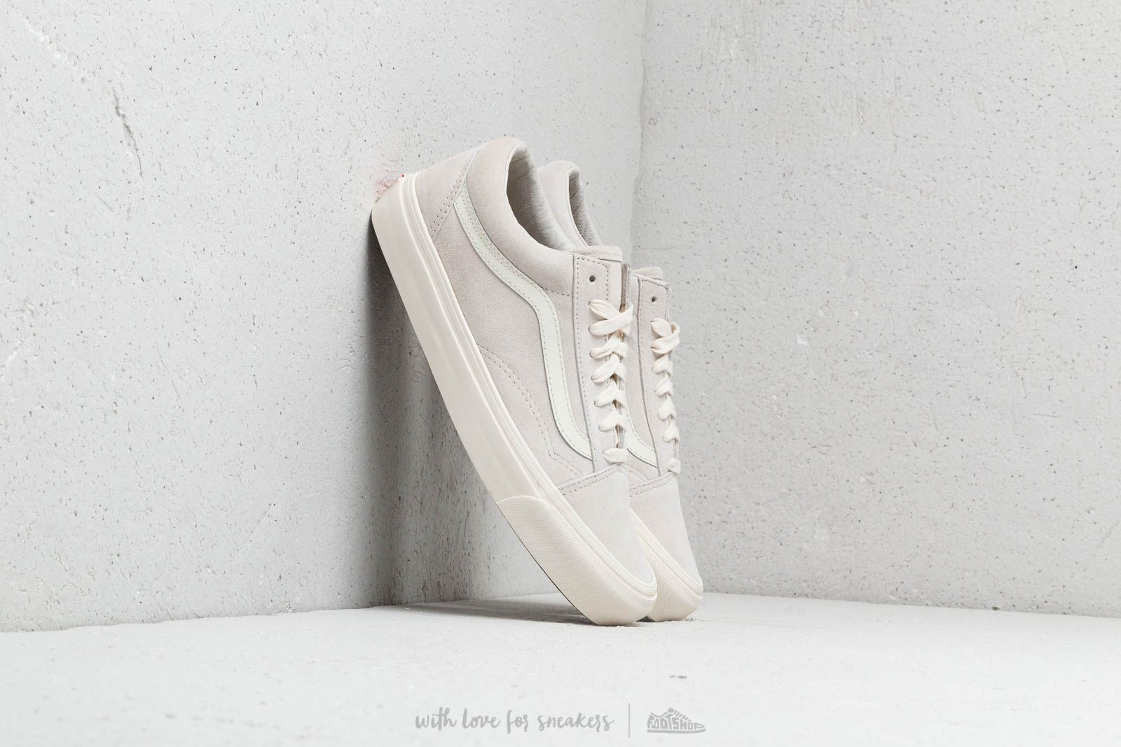 ef3c828c276472 Vans OG Old Skool Lx (Leather  Suede) Marshmallow at a great price £