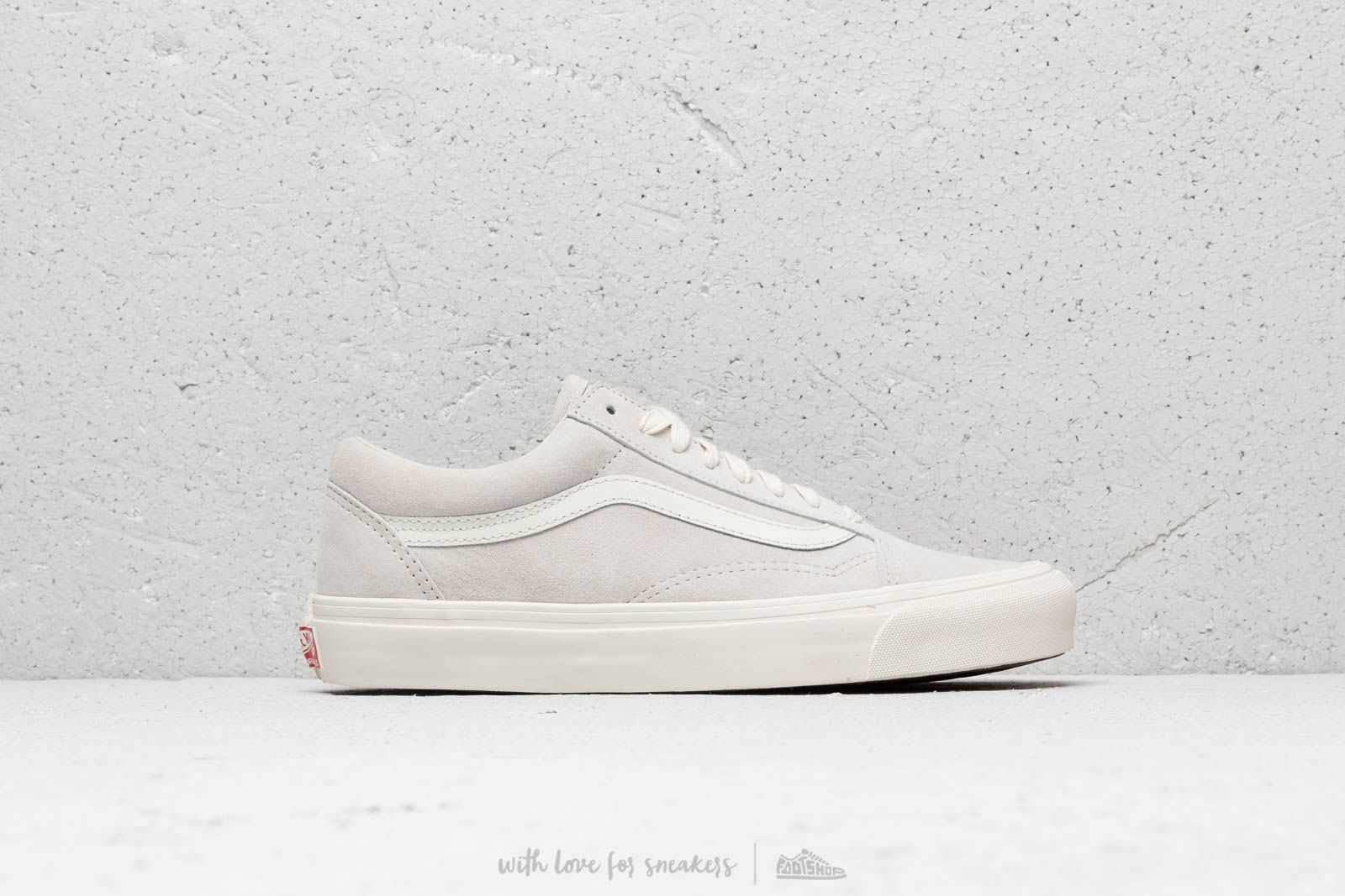 209cab9ecb8854 Vans OG Old Skool Lx (Leather  Suede) Marshmallow at a great price £