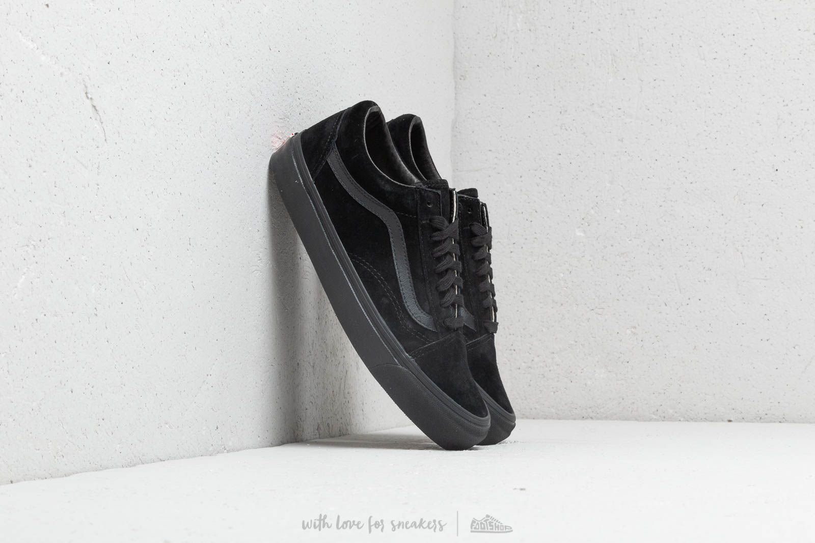 69caa1ec6cf9 Vans OG Old Skool LX (Leather  Suede) Black at a great price 83
