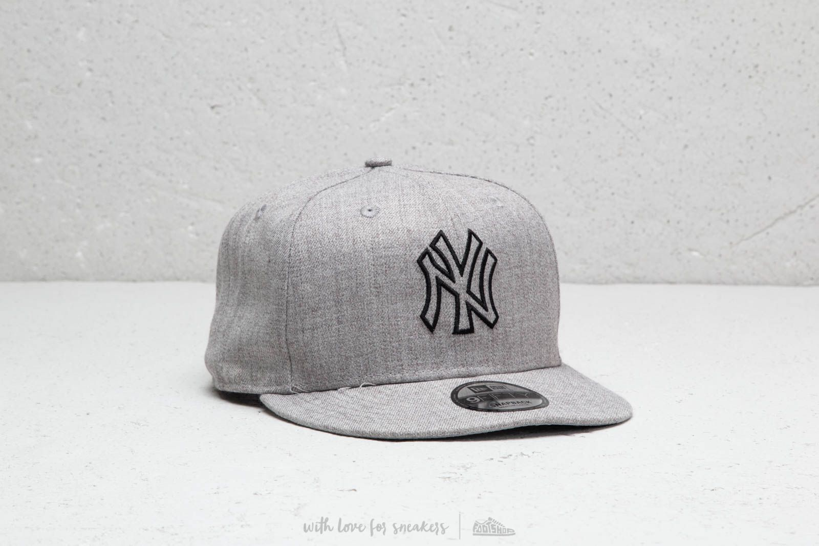 New Era MLB New York Yankees Essential Cap Heather Grey
