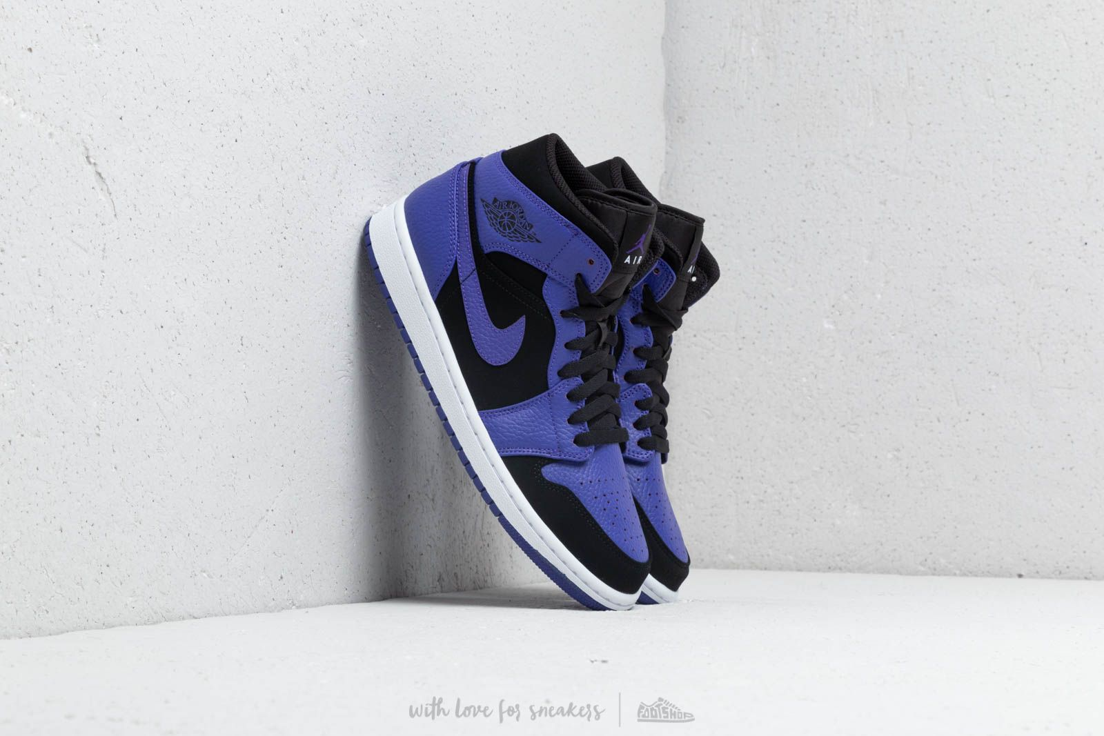 timeless design c6937 da345 Air Jordan 1 Mid. Black  Dark Concord-White