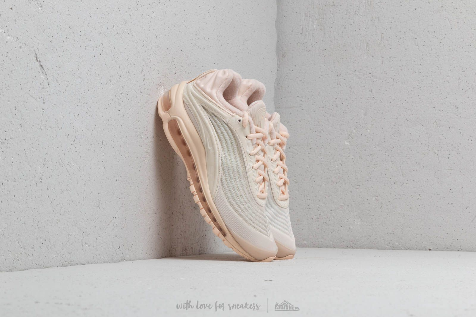 Nike WMNS Air Max Deluxe SE Guava Ice