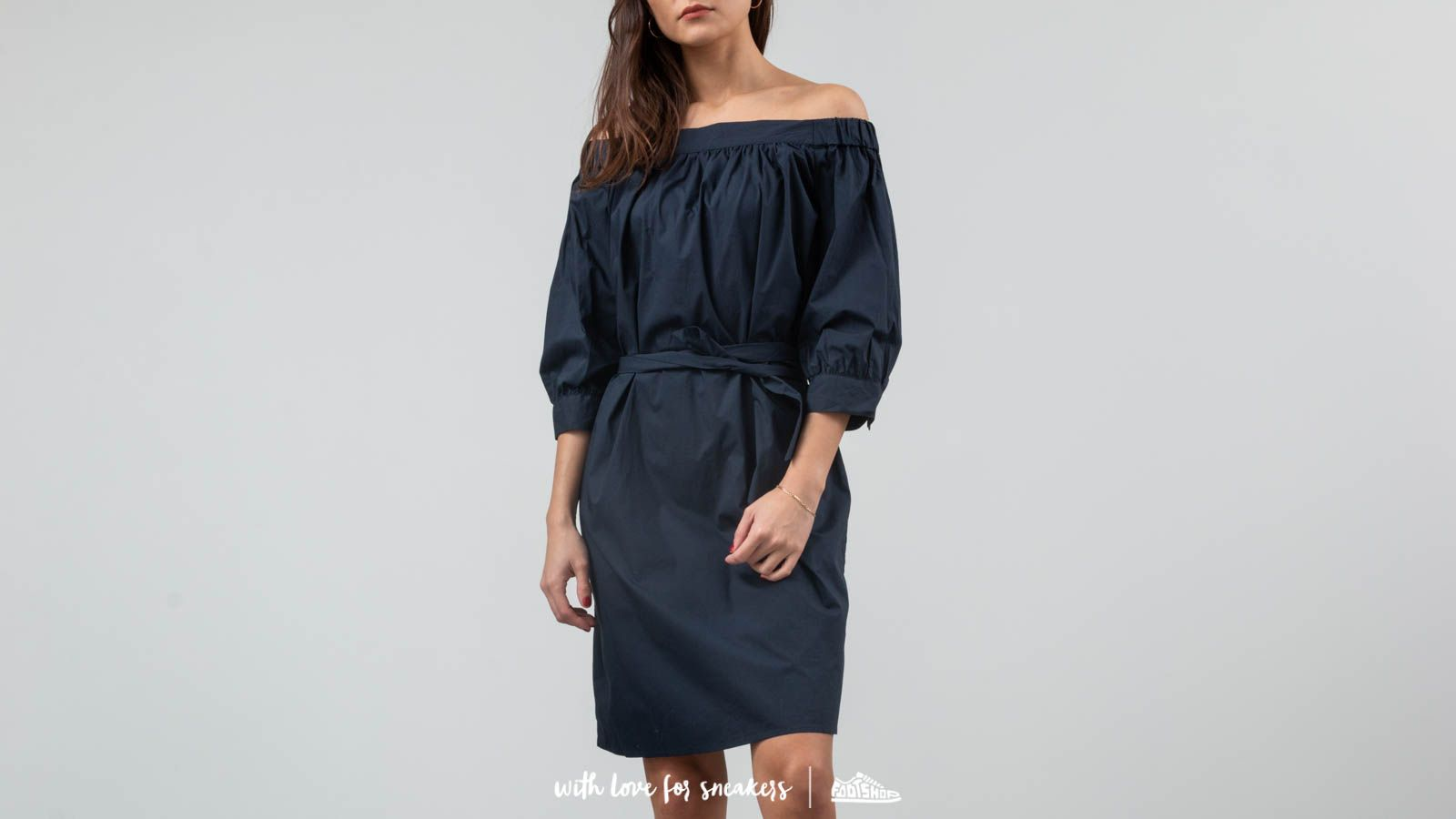 SELECTED Nadine 3/4 Off Shoulder Dress Camp Dark Sappire za skvělou cenu 1 070 Kč koupíte na Footshop.cz