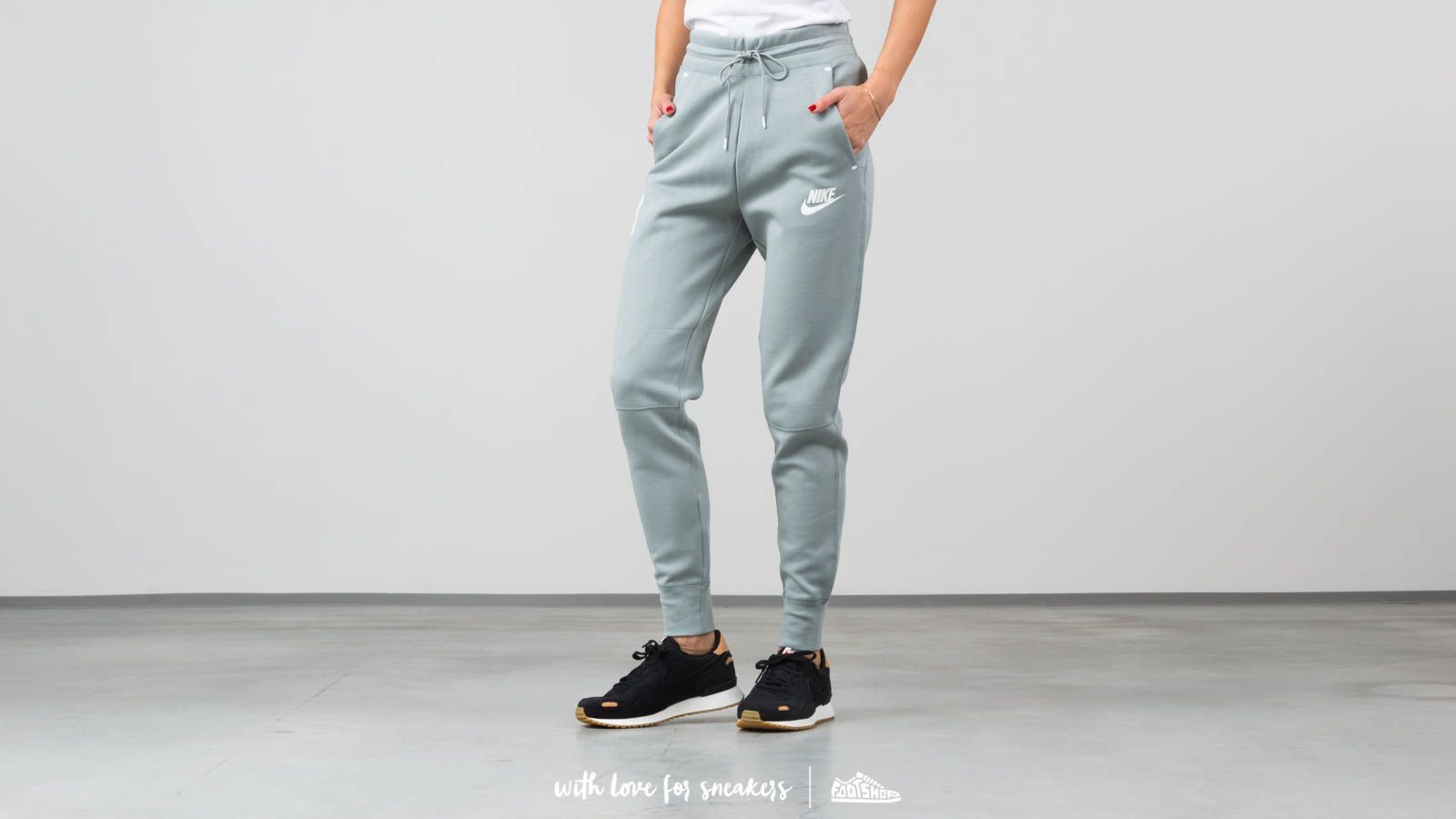 8db7a3d38390 Nike Sportswear Tech Fleece Pants Mica Green at a great price 81 € buy at  Footshop