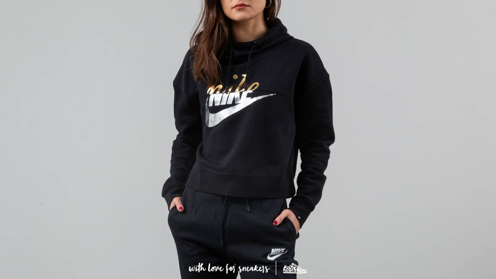 f8ad4def4a58 Nike Sportswear Rally Crop Hoodie Black at a great price 66 € buy at  Footshop