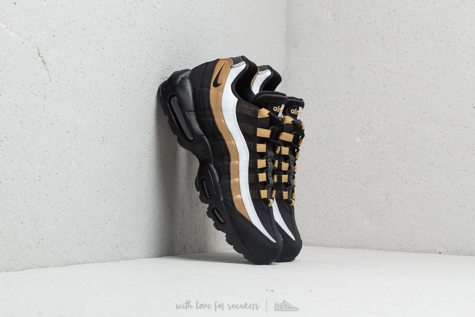 Instituto enfermo Grado Celsius  Men's shoes Nike Air Max 95 OG Black/ Black-Metallic Gold | Footshop