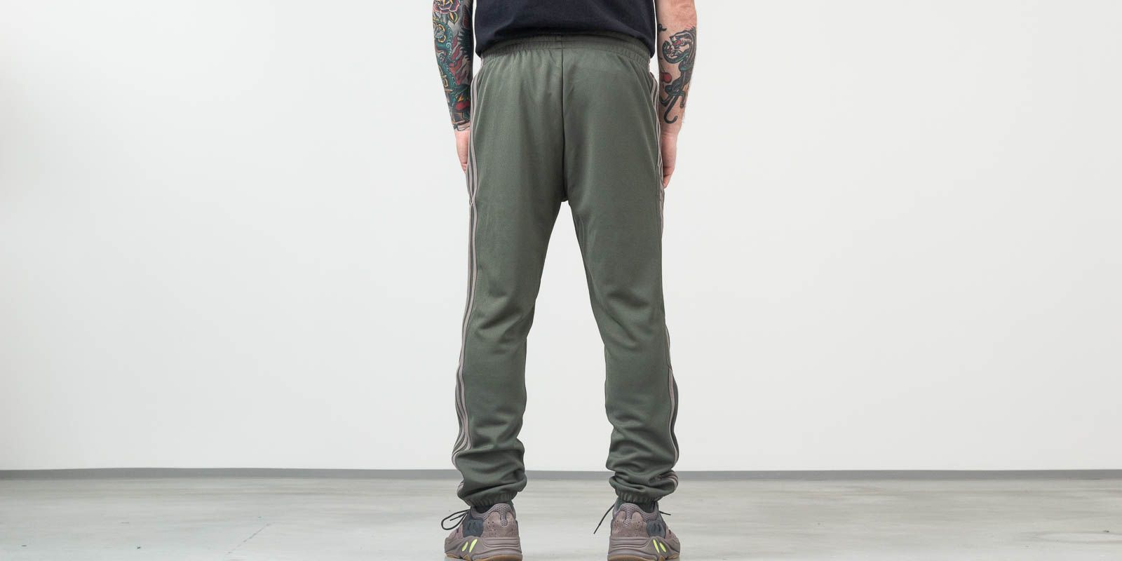 adidas Calabasas Track Pants Mink/ Core, Gray
