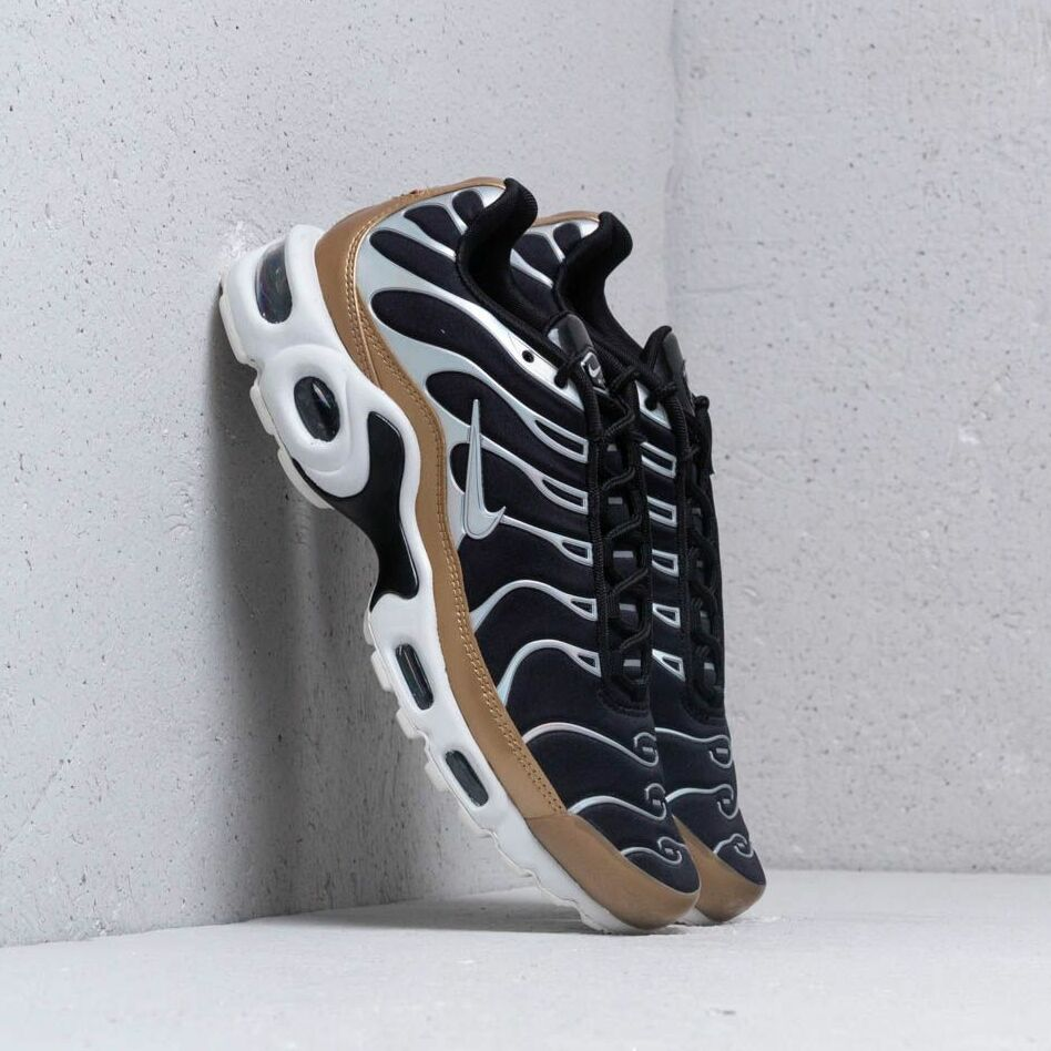 Nike Air Max Plus Wmns Black/ Aluminium-White-Aluminium EUR 38.5
