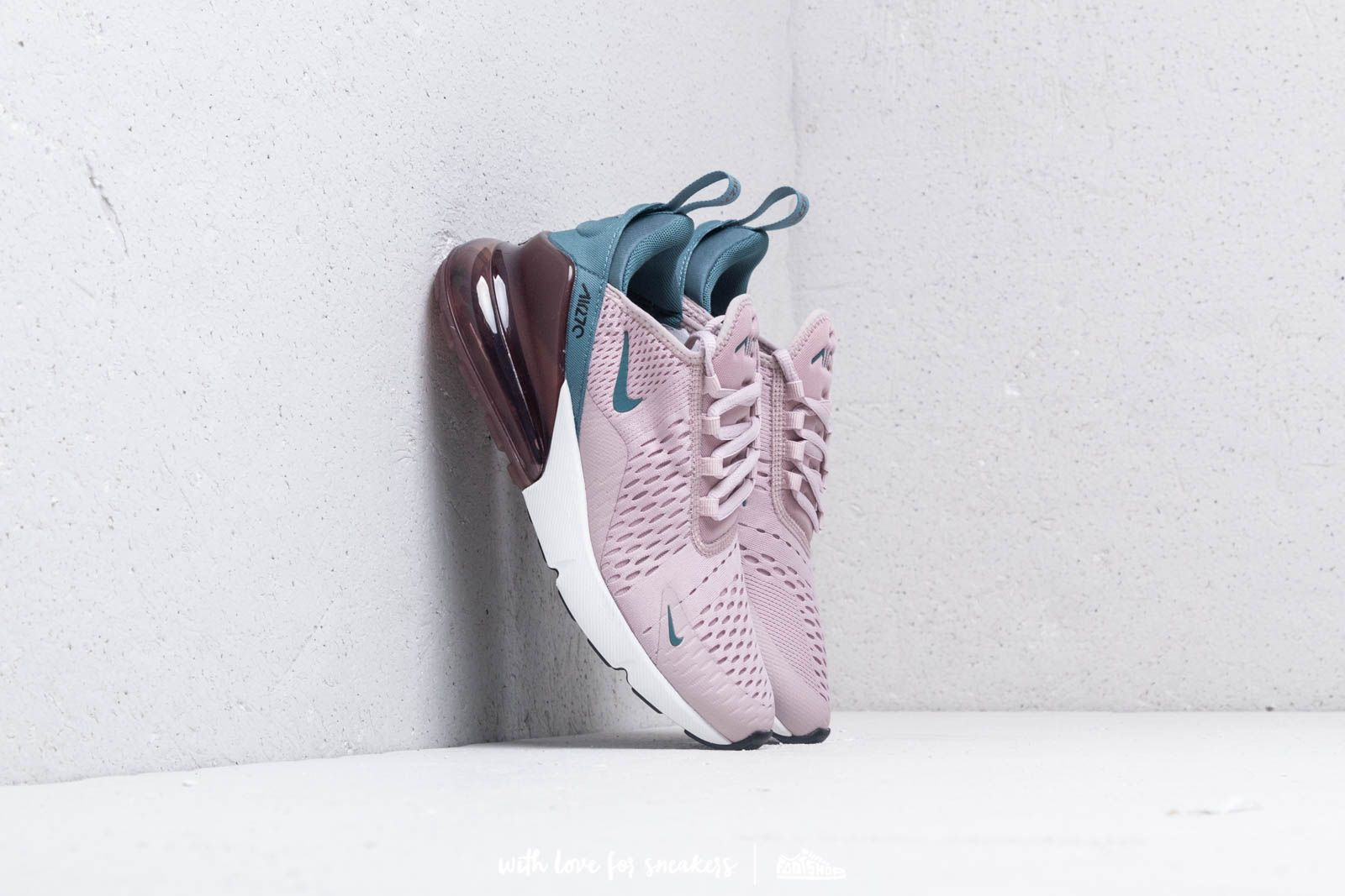 Nike W Air Max 270 Particle Rose/ Celestial Teal