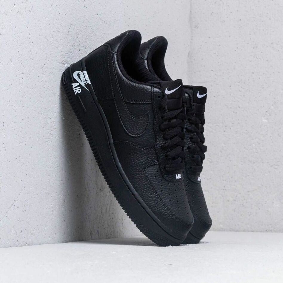 Nike Air Force 1 '07 Leather Black/ Black-White EUR 38.5