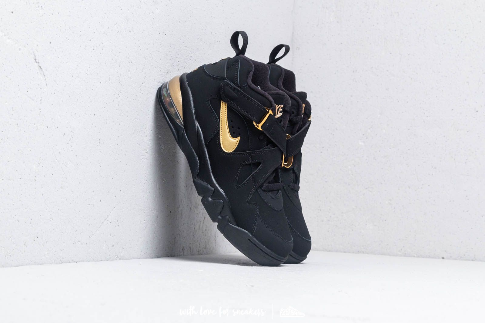 big sale 2a4be b1d5e Nike Air Force Max CB Black Metallic Gold at a great price 160 € buy