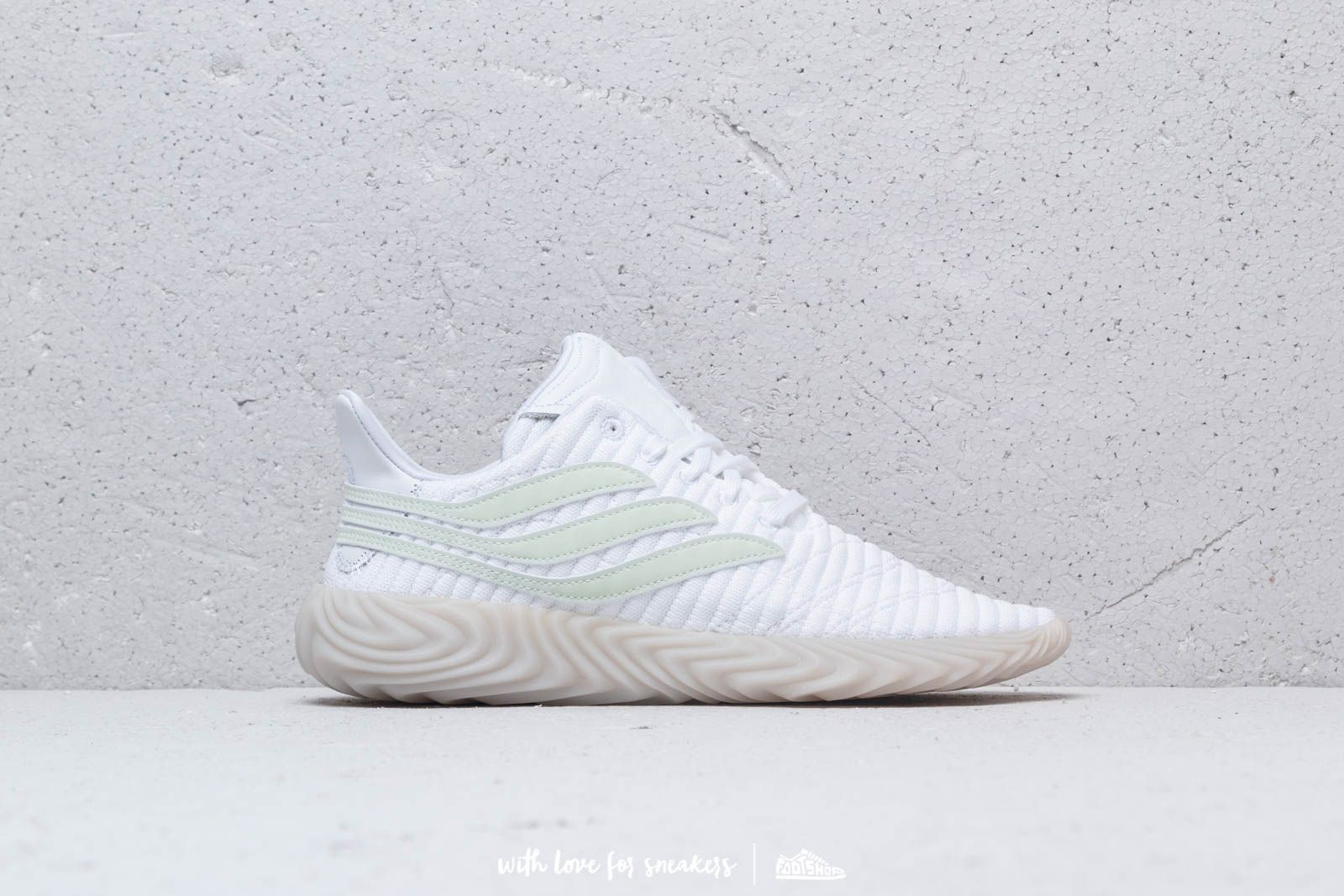 meet 57b92 b6b36 adidas Sobakov Ftw White  Aero Green  Crystal White at a great price 117 €