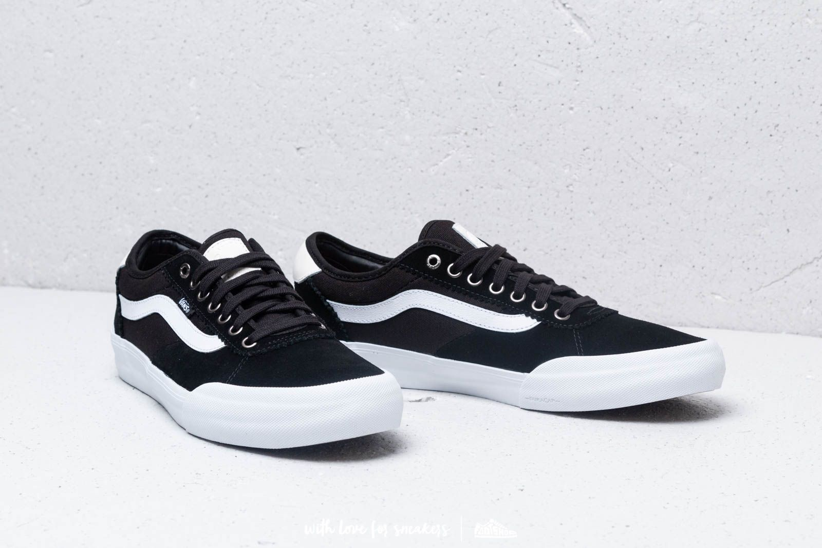 11da012b8a7 Vans Chima Pro 2 (Suede  Canvas) Black  White at a great price