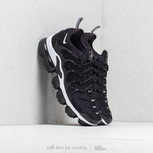 quite nice sneakers hot sales Nike Air Vapormax Plus Black/ White | Footshop
