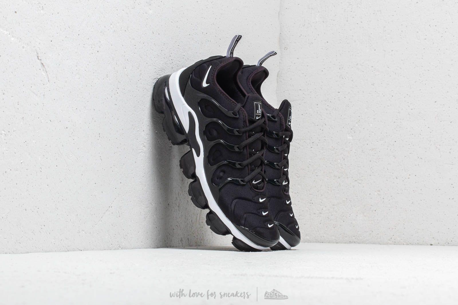 4c234e4e447 Nike Air Vapormax Plus Black  White