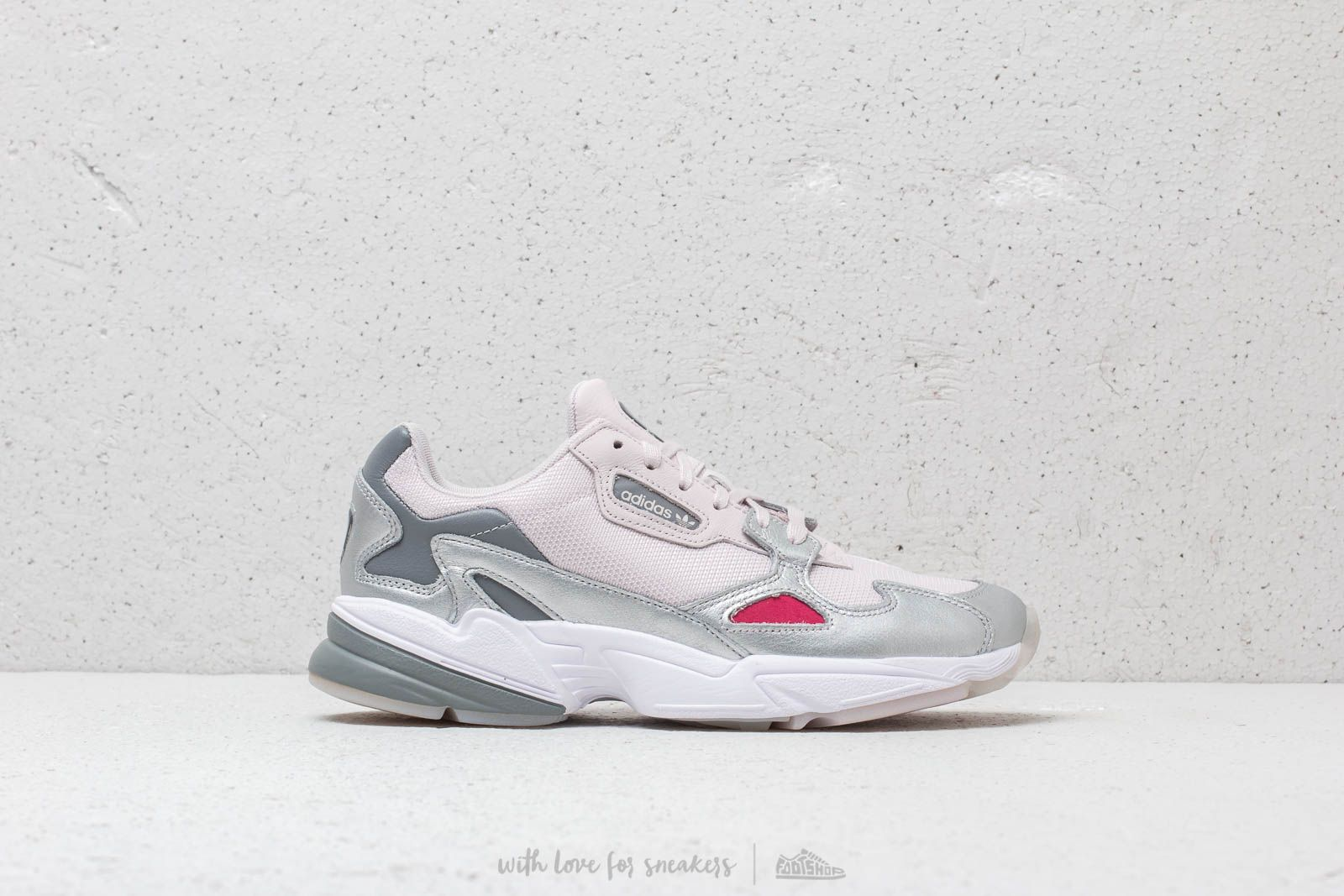 cheap for discount 3be1e 577e2 adidas Falcon W Orchid Tint Orchid Tint Silver Metallic at a great price  99