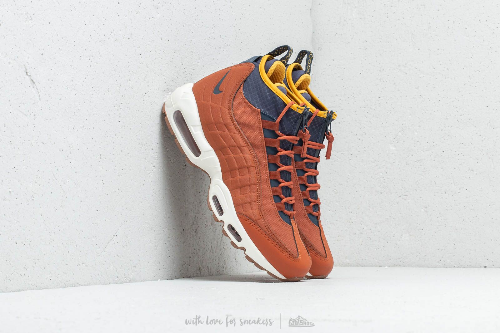 015025106a4510 Nike Air Max 95 Sneakerboot Dark Russet  Thunder Blue
