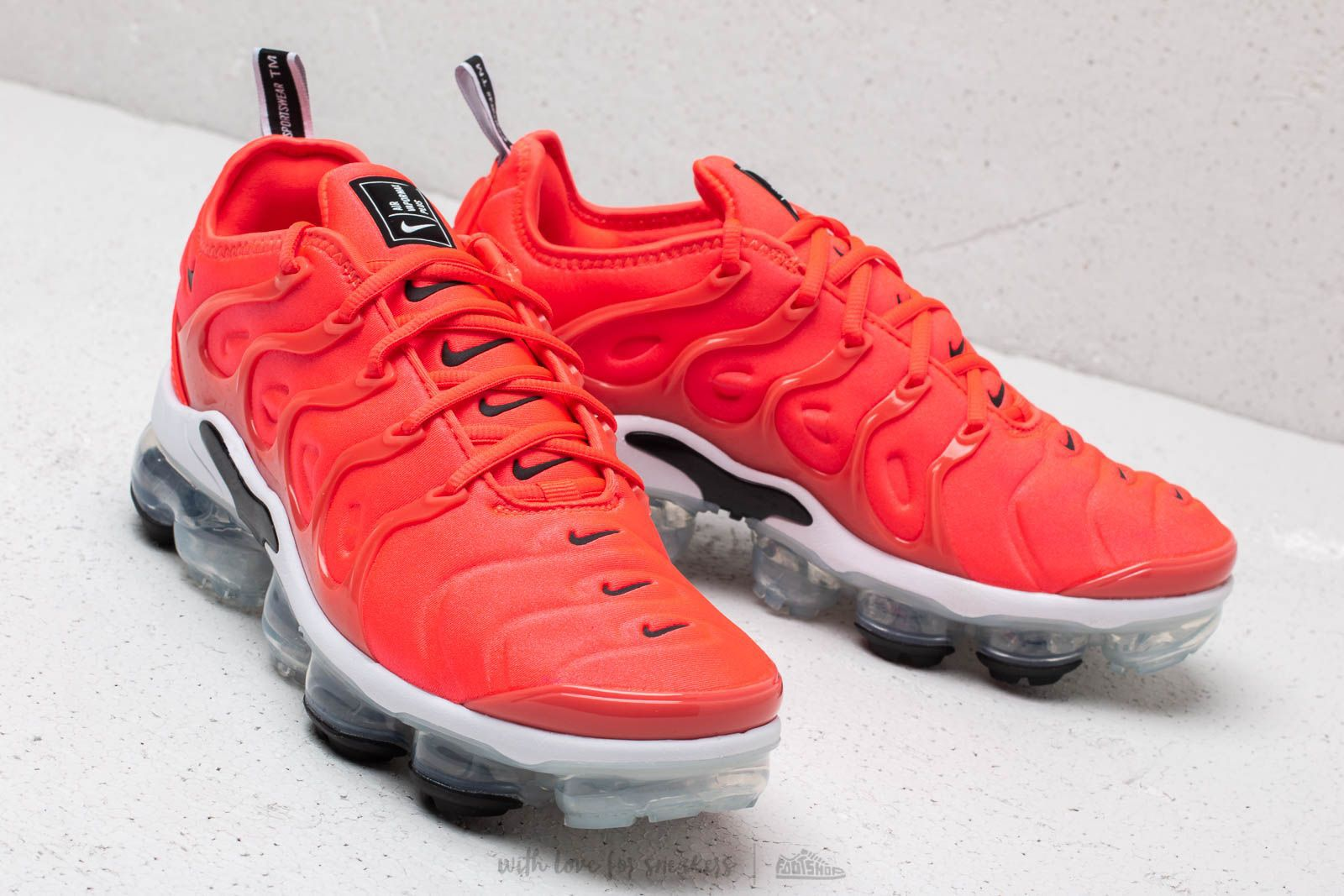 running shoes sports shoes wholesale sales where can i buy nike air vapormax plus rot 304d3 03a93