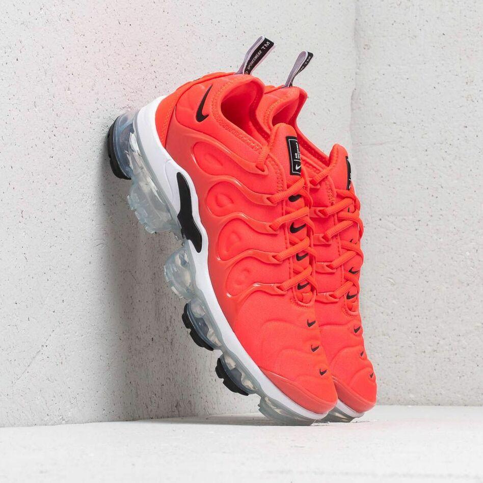 Nike Air Vapormax Plus Bright Crimson/ Black-White EUR 44.5