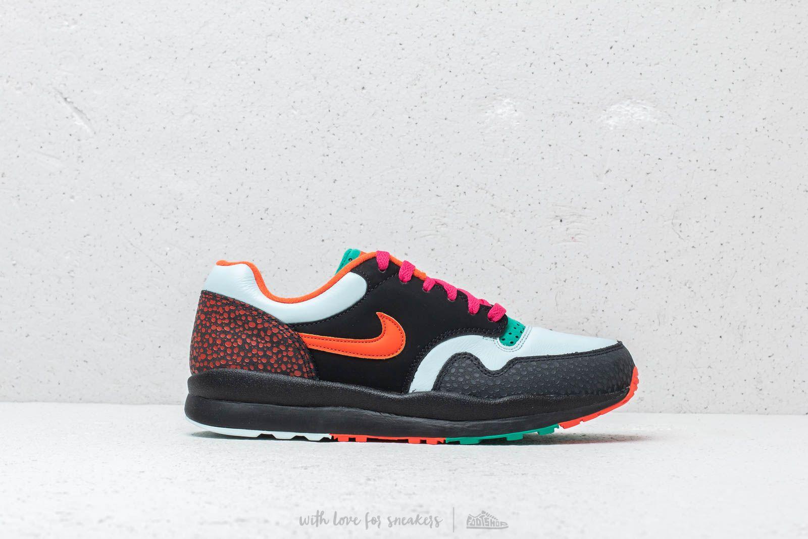 Nike Air Safari Supreme Black  Team Orange at a great price £95 buy at 0cfd3e2ae